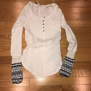 FREE PEOPLE WHITE LONG SLEEVE WAFFLE SHIRT